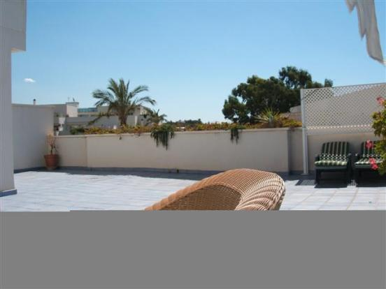 http://estatesinthesun.com/properties/wp-content/uploads/2012/10/89338_CSF3397CDS_IMG_02_0000_max_620x414.jpg