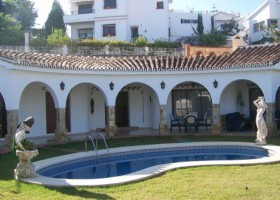 villa for sale in Benalmadena