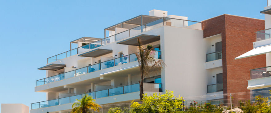 http://estatesinthesun.com/properties/wp-content/uploads/2015/06/A2_Avalon_Facade_property_Benahavis.jpg